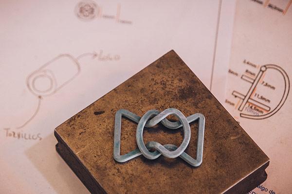 id-produccion-de-fornituras-metalicas