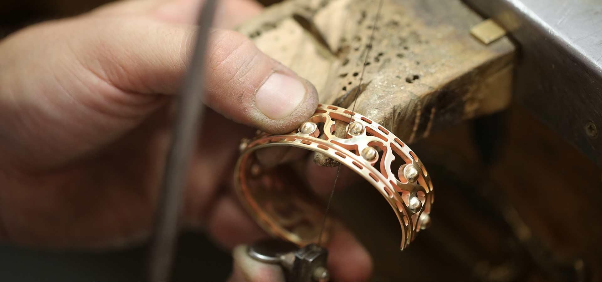 Fabricantes de bisutería para empresas de moda y lujo